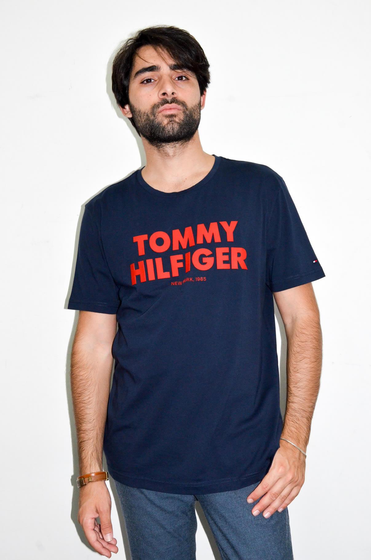 brand new deb31 ab388 Tommy Hilfiger – T-Shirt Uomo